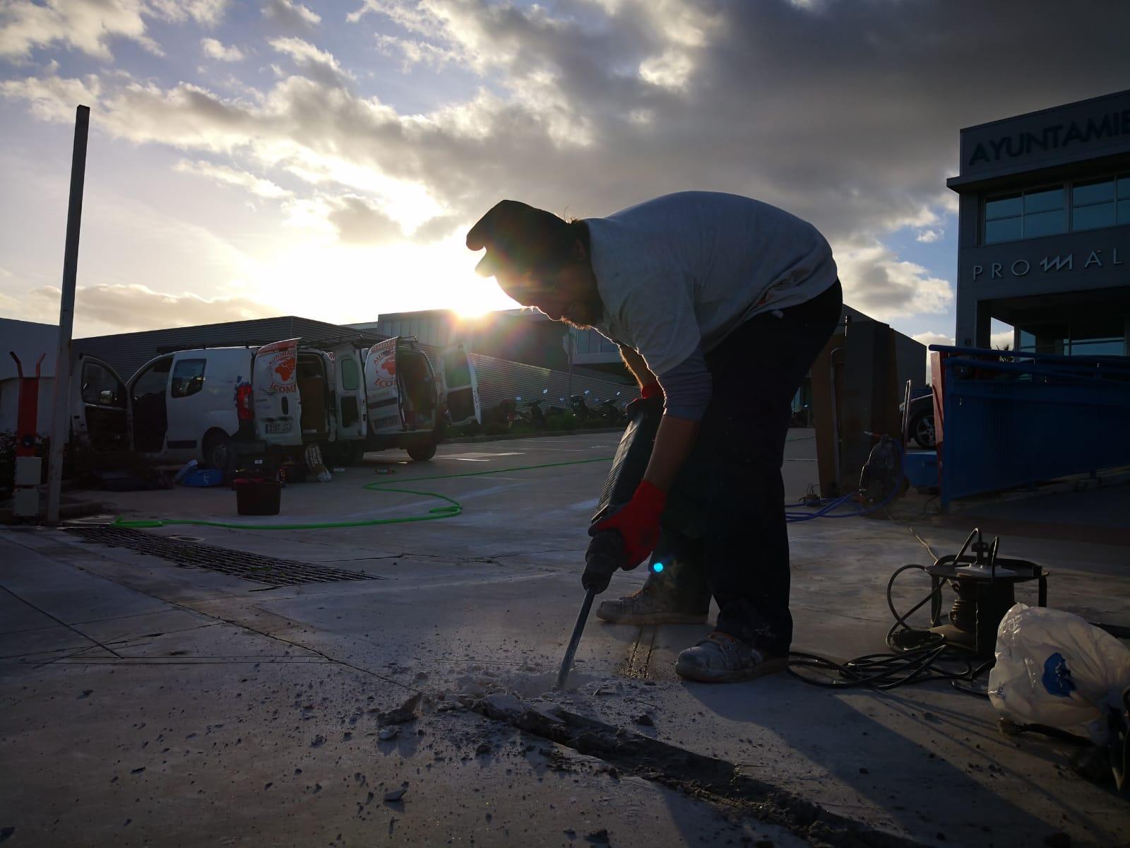 Plan de mantenimiento de puertas de garaje en Sevilla y Málaga